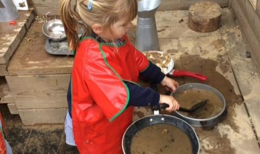 Mud Kitchen | 22 Street Lane Nursery, Leeds