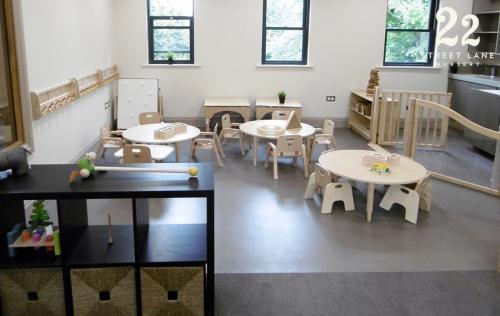 Ducklings Room: 11 Months Plus   22 Street Lane Nursery, Leeds